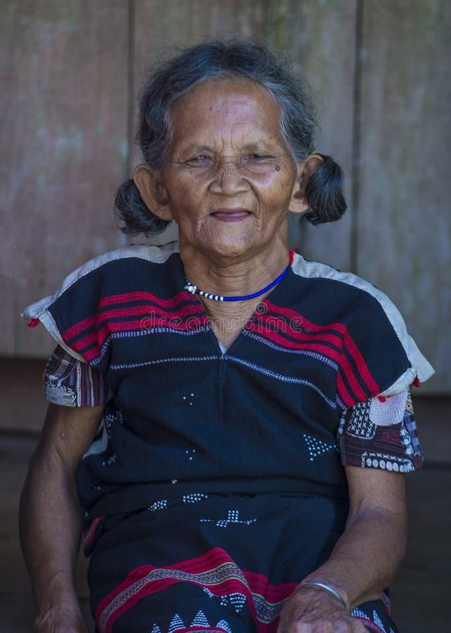 Cotu-ethnische Minderheit in Vietnam lizenzfreie stockbilder