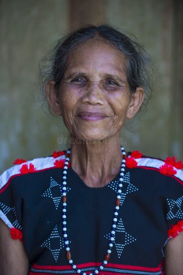 Cotu etnisk minoritet i Vietnam arkivfoton