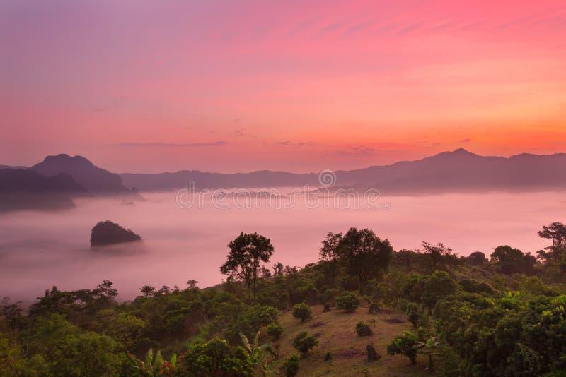 Couche Payao de montagne photos stock