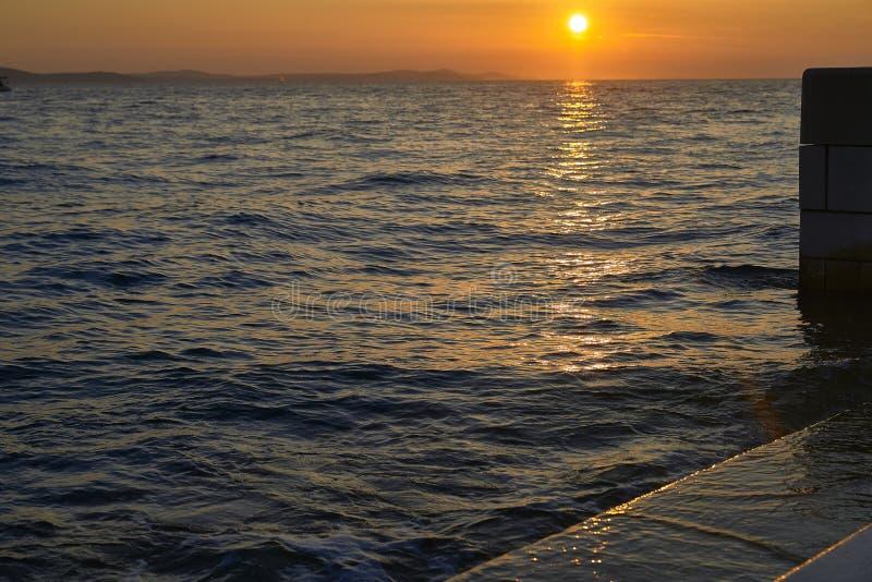 Coucher de soleil à Zadar Croatie Europe photographie stock libre de droits