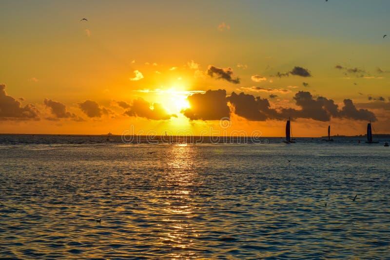 Coucher du soleil à Belem - au Portugal photos libres de droits