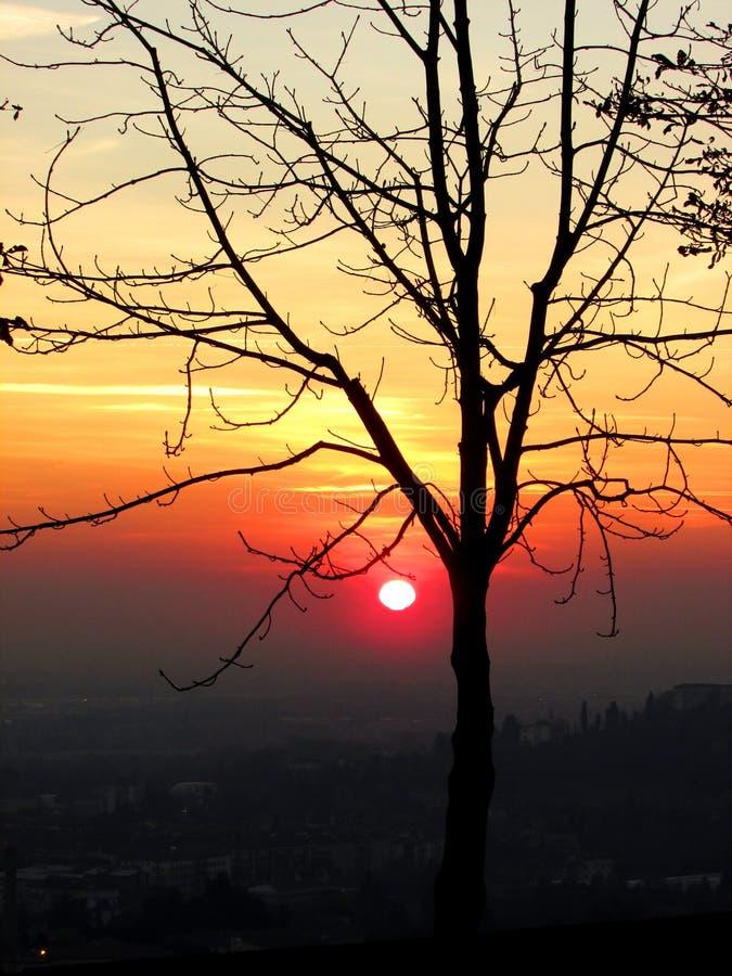 Coucher du soleil à Bergame image libre de droits