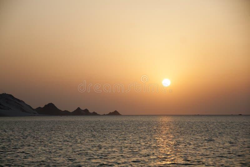 Coucher du soleil à la lagune de Detwah photo stock
