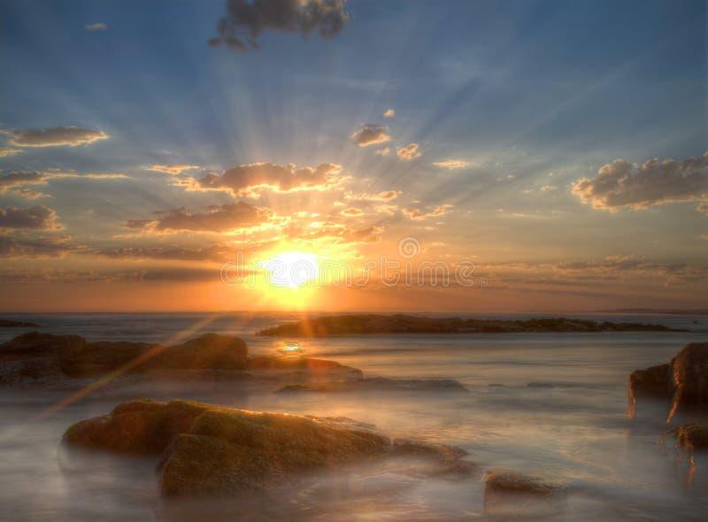 Coucher du soleil à la plage de Birubi, Australie images libres de droits