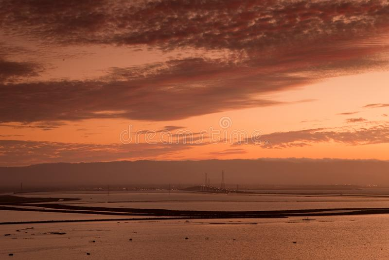 Coucher du soleil à la réserve de Don Edwards San Francisco Bay National image libre de droits