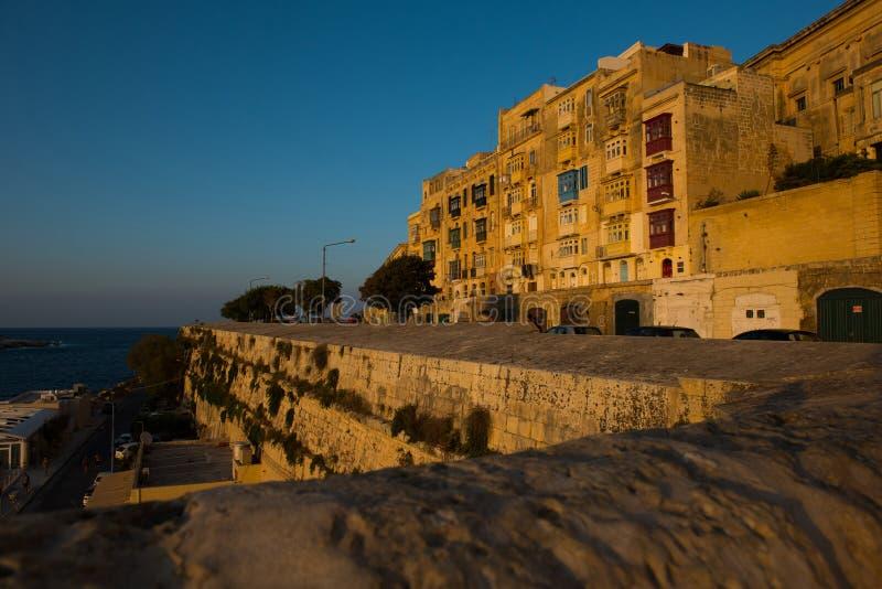 Coucher du soleil à La Valette, Malte photographie stock