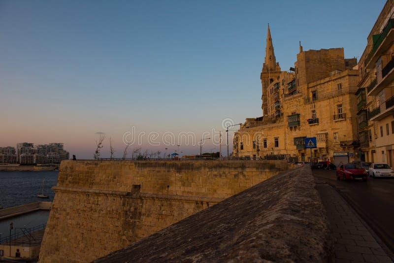Coucher du soleil à La Valette, Malte photo stock