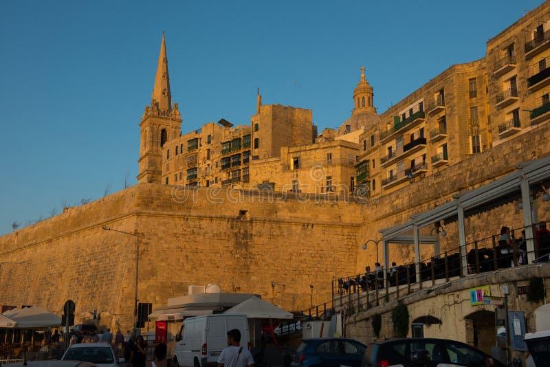 Coucher du soleil à La Valette, Malte image libre de droits