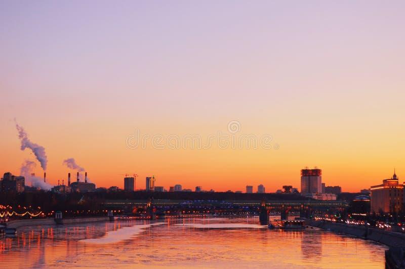 Coucher du soleil à Moscou photographie stock libre de droits