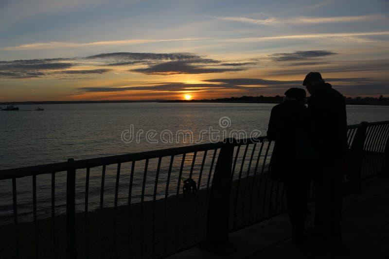 Coucher du soleil à Portsmouth R-U images libres de droits