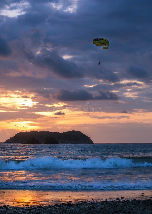Coucher du soleil étonnant - Manuel Antonio, Costa Rica image stock