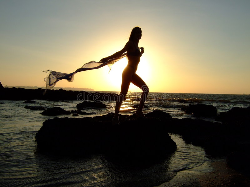 Download Coucher du soleil photo stock. Image du noir, déclin, expressif - 8654410