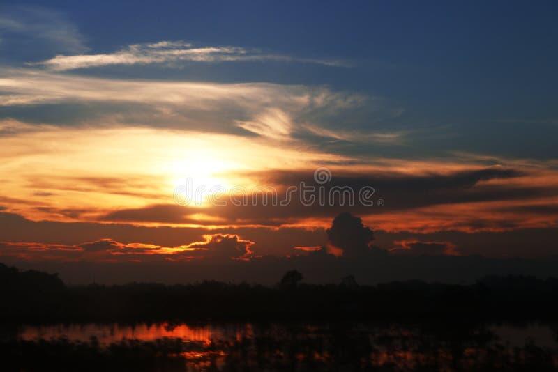 Coucher du soleil abstrait dans Sapa, Vietnam photographie stock