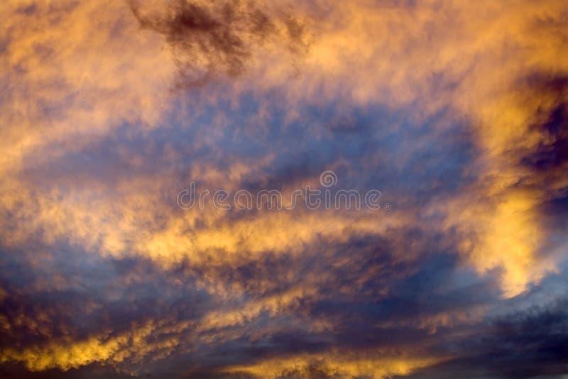 coucher du soleil abstrait de ciel du Montana de missoula image stock