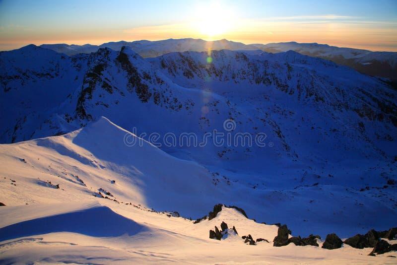 Coucher du soleil alpestre image libre de droits