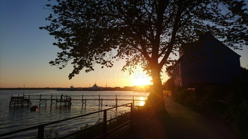 Coucher du soleil au Danemark du sud images stock