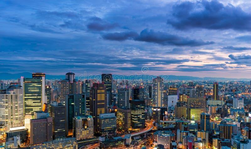 Coucher du soleil au-dessus d'Osaka images libres de droits