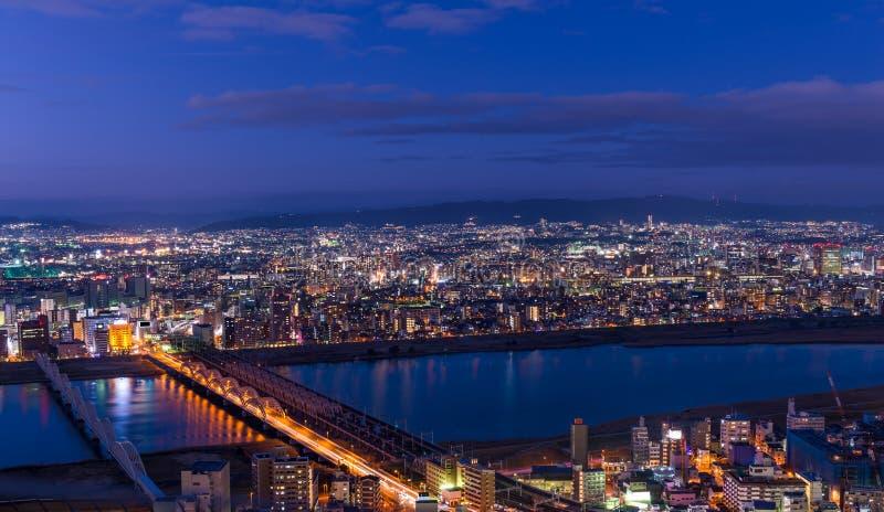 Coucher du soleil au-dessus d'Osaka photo stock