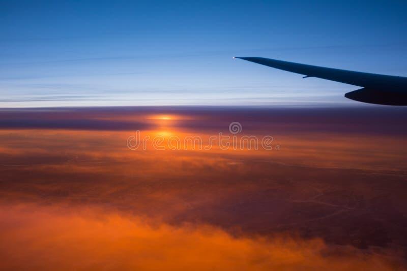 Coucher du soleil au-dessus de l'Alaska photos stock