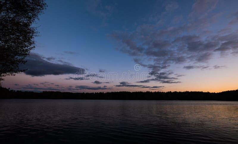 Coucher du soleil au-dessus de lac boom, le Wisconsin photos stock