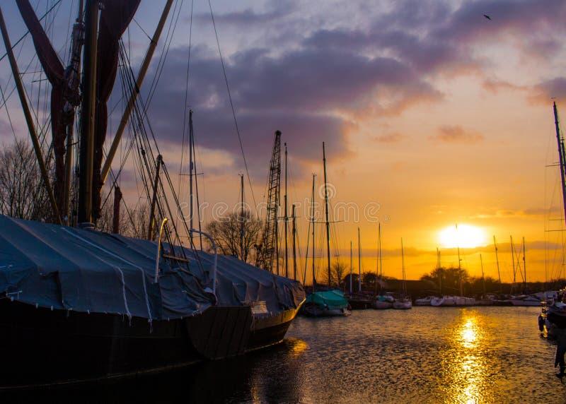 Coucher du soleil au-dessus de Maldon image libre de droits