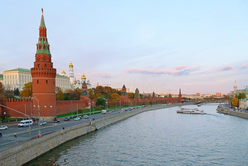Coucher du soleil au-dessus de Moscou. Kremlin, Russie image libre de droits
