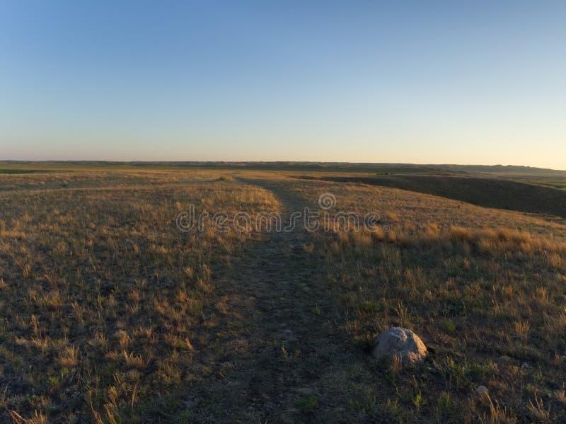 Coucher du soleil au-dessus de parc national de prairies photo stock