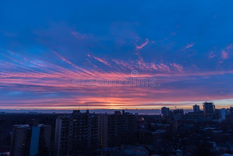 Coucher du soleil au-dessus de Toronto image stock