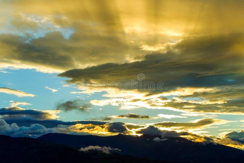 Coucher du soleil au-dessus des Andes photographie stock