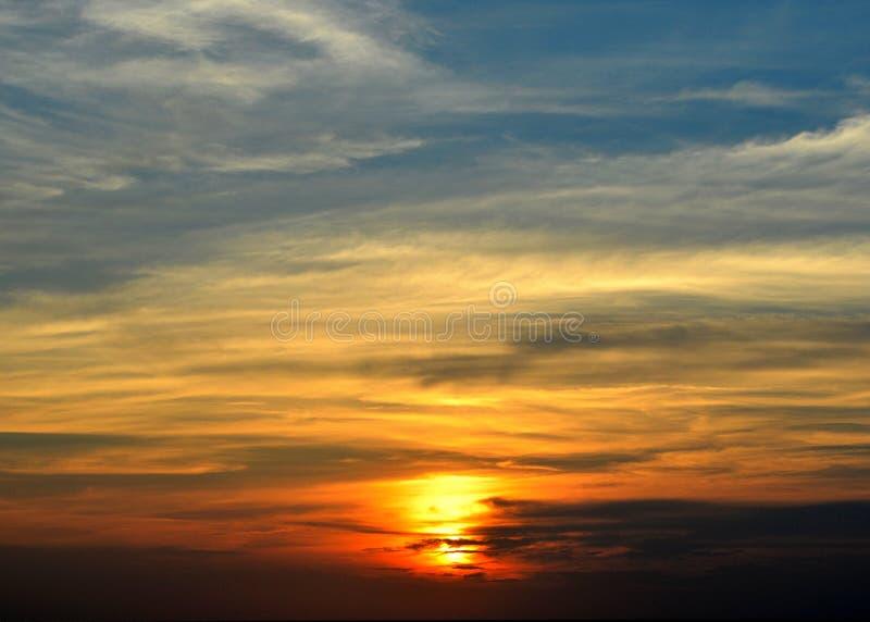 Coucher du soleil au-dessus du bruit d'Albemarle image libre de droits