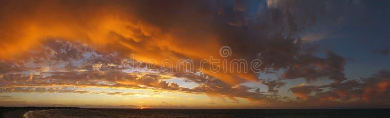 Coucher du soleil au parc national de chaîne de cap, Australie occidentale images libres de droits