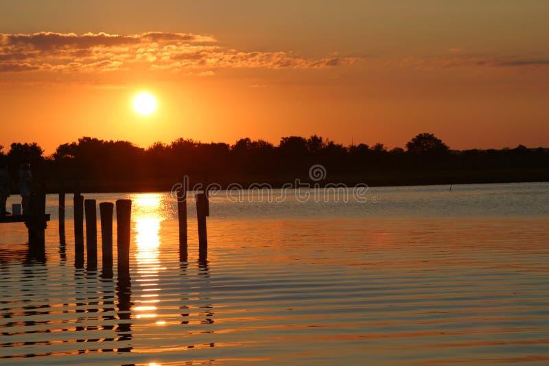 Coucher du soleil au rivage du Jersey photographie stock