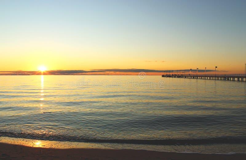 Coucher du soleil australien de mer image stock