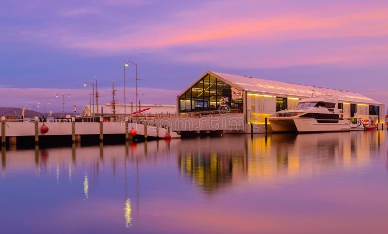 Coucher du soleil chez Brooke Street Pier, Hobart images libres de droits