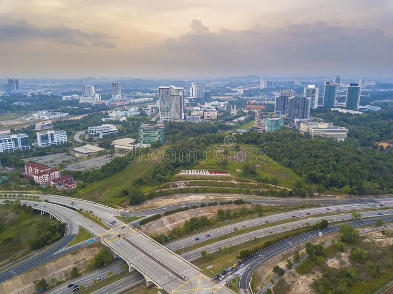Coucher du soleil chez Cyberjaya, Malaisie photo stock