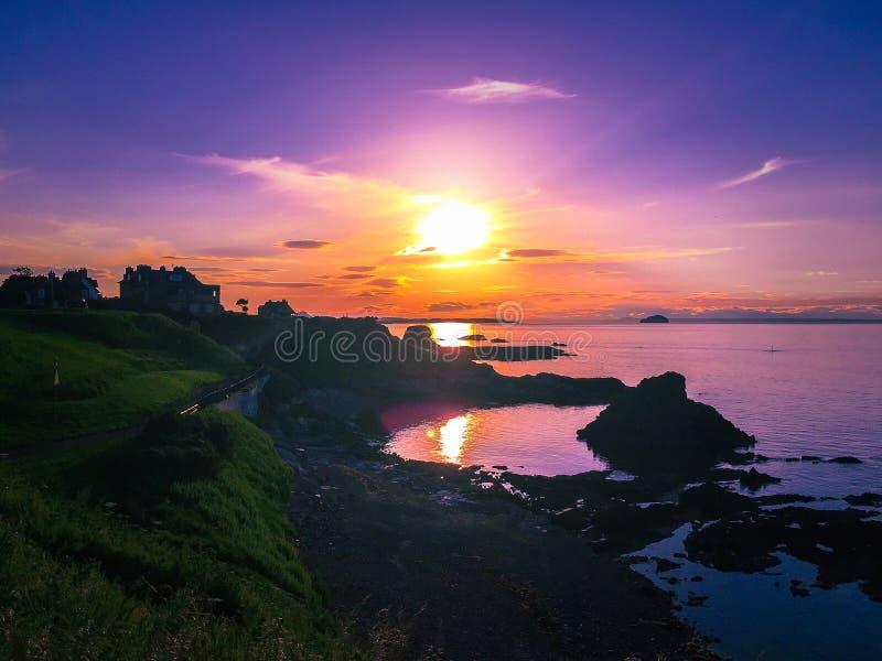 Coucher du soleil chez Dunbar image stock