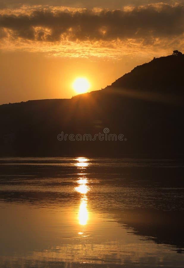 Coucher du soleil chez l'Albanie Shkoder image stock