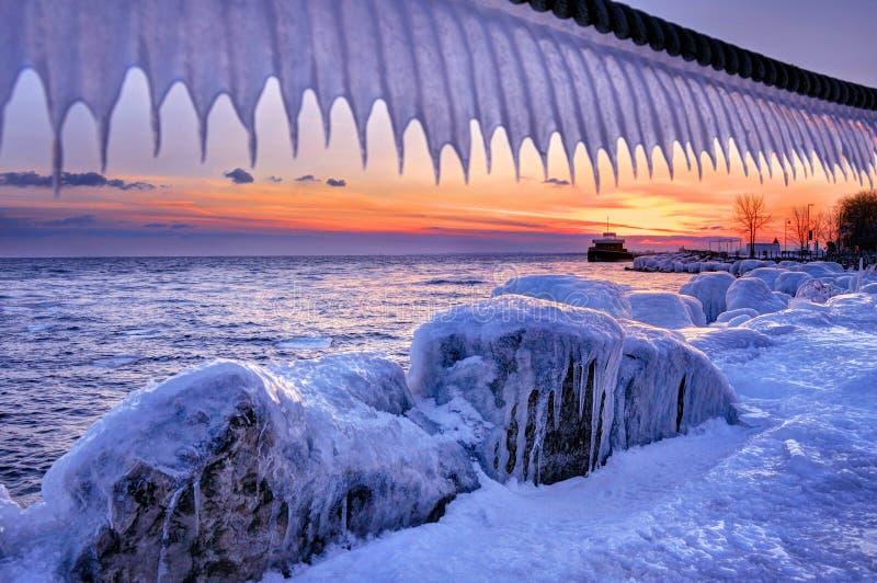 Coucher du soleil chez le lac Ontario photo libre de droits