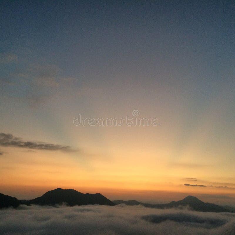 Coucher du soleil chez Phutak images libres de droits