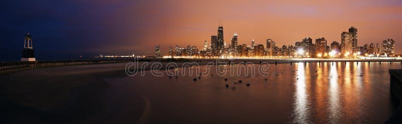Coucher du soleil coloré Chicago images stock