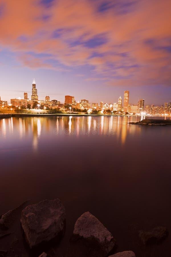 Coucher du soleil coloré de Chicago photos stock