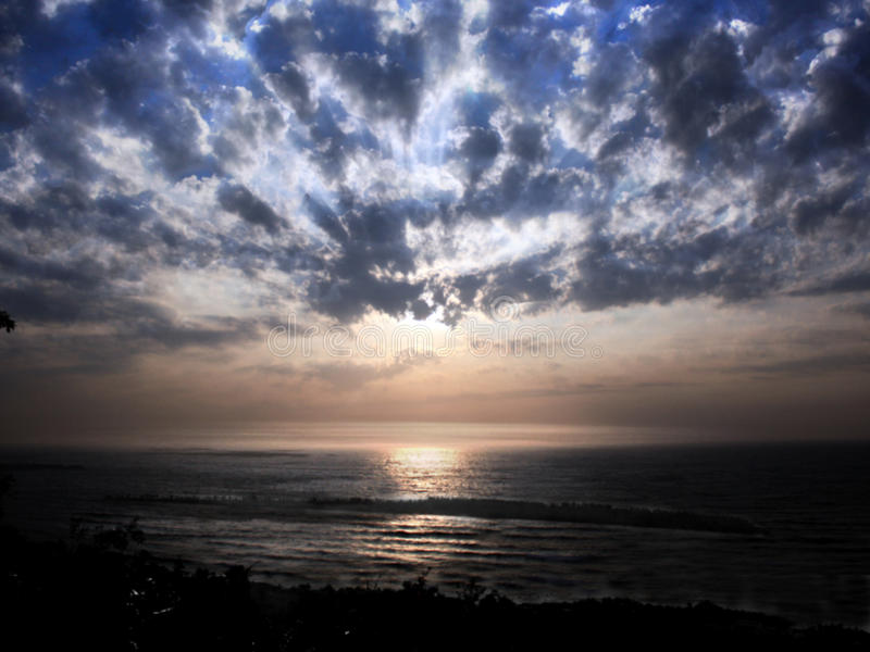Coucher du soleil d'île photo libre de droits