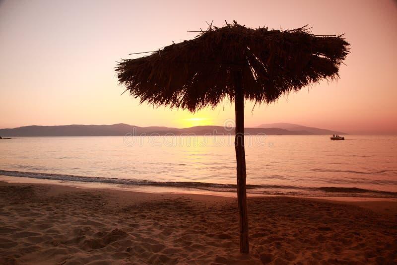 Coucher du soleil d'AG Paraskevi, Skiathos images stock