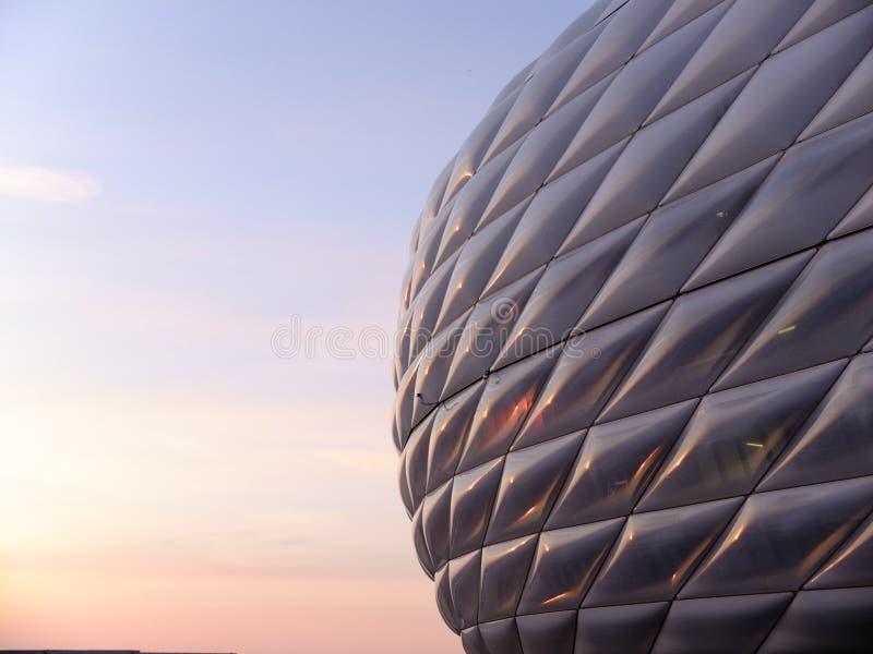 Coucher du soleil d'arène d'Allianz image stock