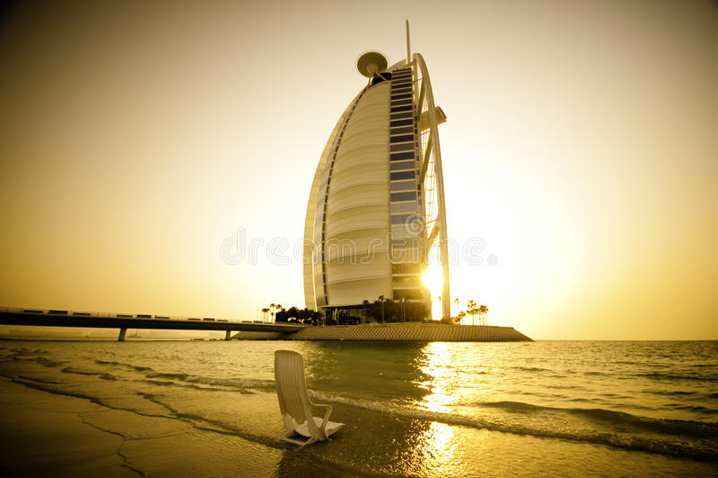 Coucher du soleil d'Arabe d'Al de Burj photo stock