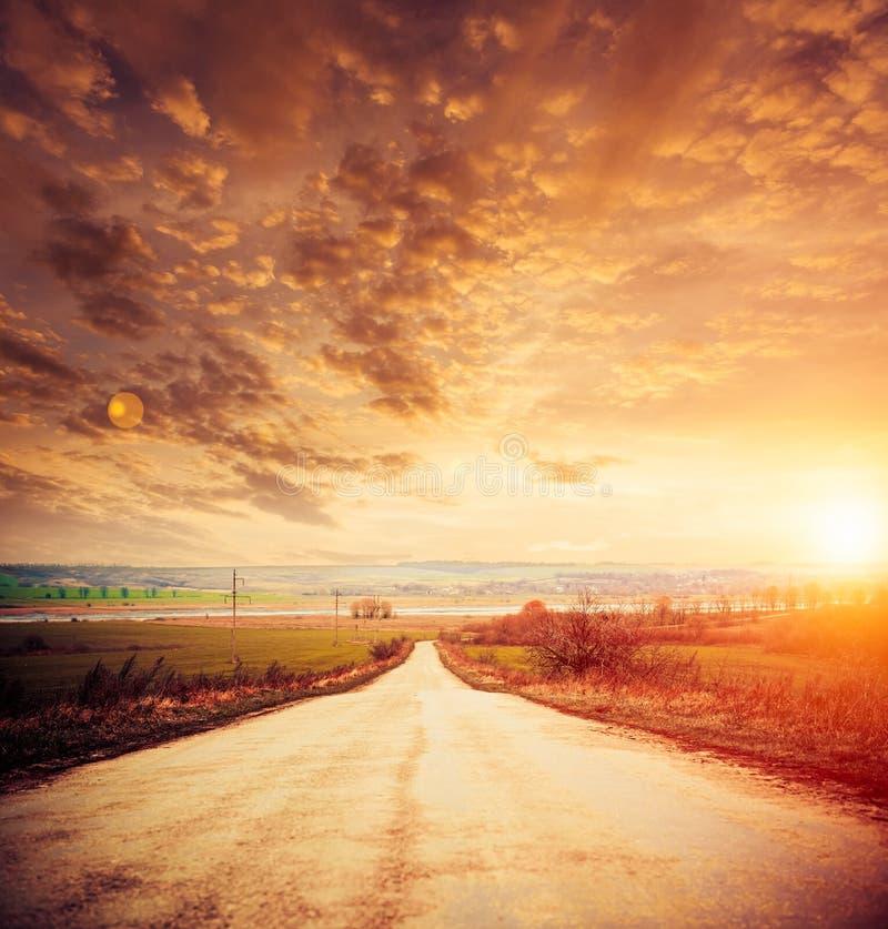 Coucher du soleil d'autoroute images stock