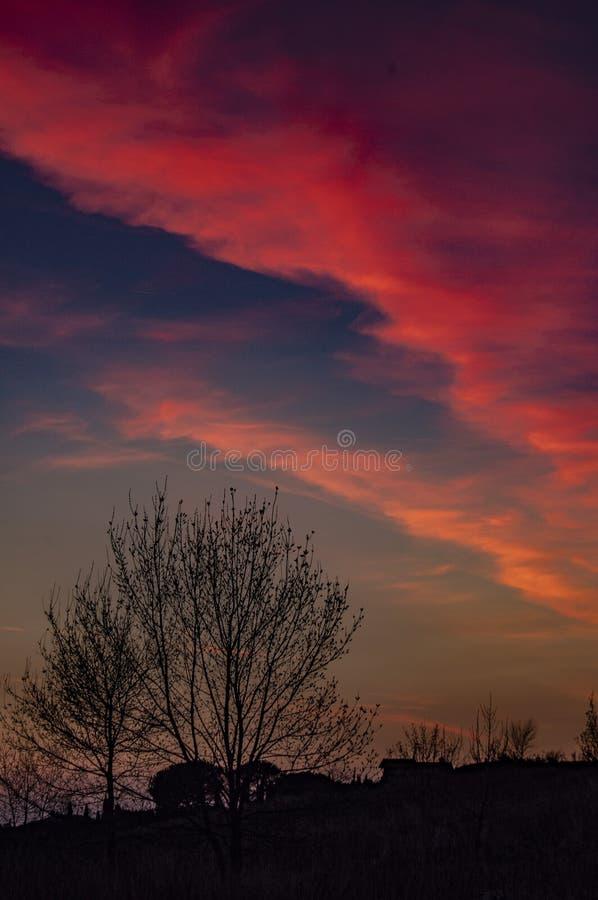 Coucher du soleil d'hiver en Toscane photo libre de droits