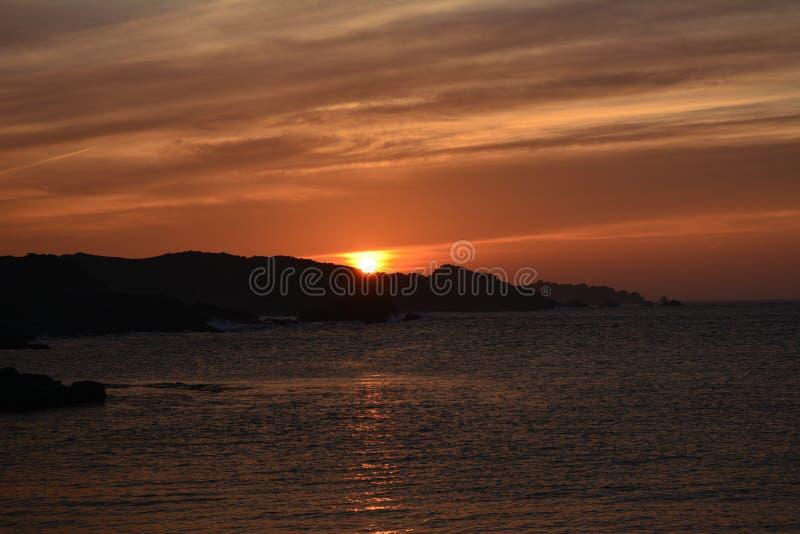 Coucher du soleil d'océan de ressort photo stock