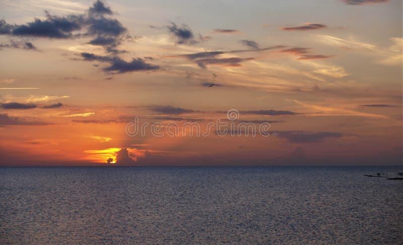Coucher du soleil d'Okeechobee de lac photographie stock