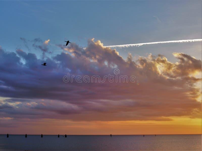 Coucher du soleil d'Okeechobee de lac près de Loxahatchee, la Floride image stock